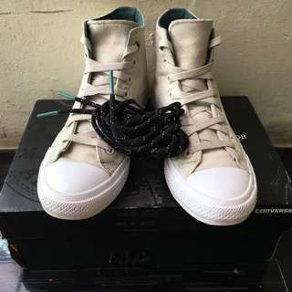 Converse counter climate high