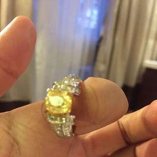 Cincin emas + berlian + yellow safir Kalimantan