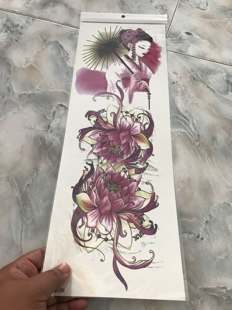 1pc New 4817cm Full Flower Arm Tattoo Sticker 40models Fish Peacock Lotus Temporary Body Paint Water Transfer Fake Tatoo Sleeve Code5