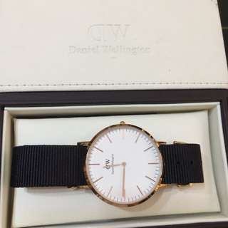 Rose Gold DW with 2 straps
