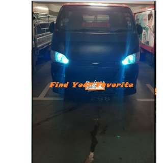 Toyota Hiace rides on T10 5630 SMD 6 & 10 leds - CASH&CARRY ONLY at PUNGGOL