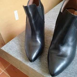 H&M wooden heels boots