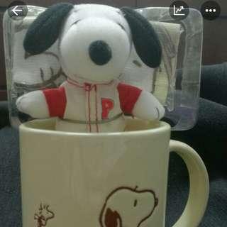 Snoopy杯+公仔+手巾仔