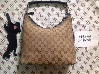 GUCCI HOBO STYLE