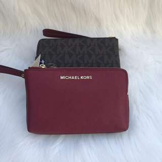 Michael Kors Large Wrislet in Brown Cherry