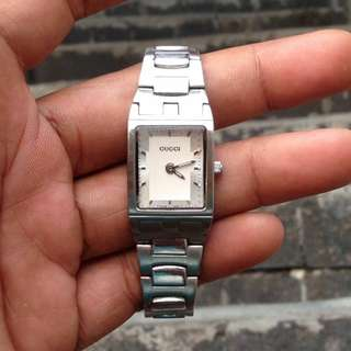 Gucci Women Watch Swiss Made AUTHENTIC