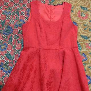 Petit Monde Red dress