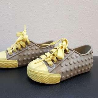 Mini Melissa US6 shoe