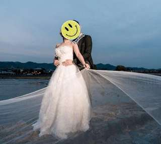 Wedding dress 除左腰 全條釘滿玫瑰花 超蓬鬆