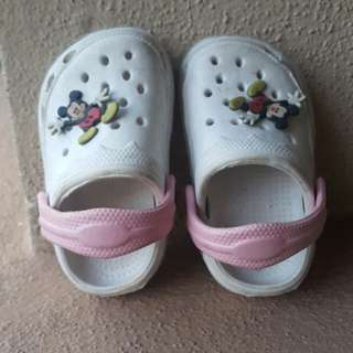 Imitation crocs baby shoe