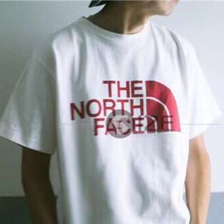 Tnf tee with blk or white