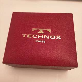 Techno's watch box