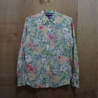 TOMMY HILFIGER FLORAL SUMMER BUTTONDOWN LONG SLEEVE - SMALL