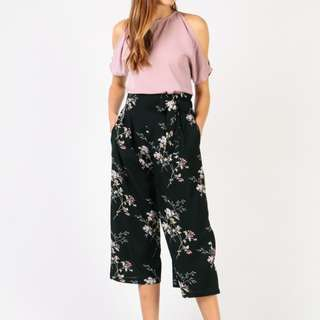 [$10 OFF RTP!!][BNWT DRESSABELLE] Tie waist culottes
