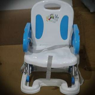 Compact baby high chair