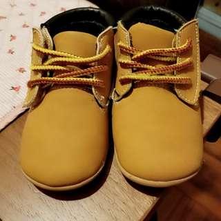 型仔BB 鞋(14cm長) 黏貼款
