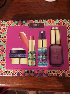 Tarte kit new