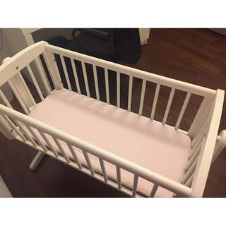 Mothercare Baby Cot (with mattress and 2 fitted sheets) - Unused