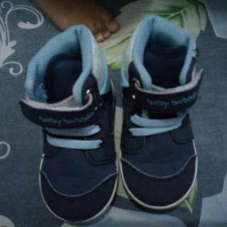 Sepatu bayi umur 1 tahun size 22
