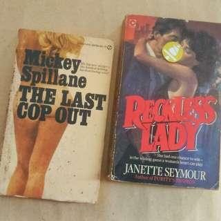 SePaket novel tahun 1973 dan 1983. Silahkan yang mau bernostagia dengan alur cerita penulis tahun 70-80 An.  Bahasa inggris. 190 dan 313 halaman.