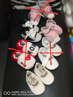 baby shoes (soft sole) 3-11m
