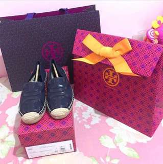 Used twice Tory Burch Navy Blue Espadrilles size 6 bought at Tory Burch Greenbelt