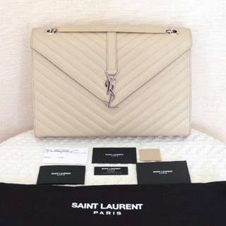 Preloved Saint Laurent Monogramme Large in Ivory SHW 2016 Comes with: dustbag, year card, care card, sample leather, controllo Price: IDR 24,5jta