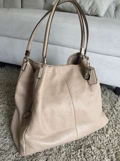 Coach preloved