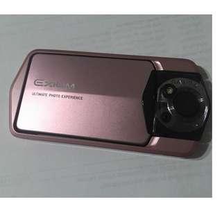 售一台95新Casio Exilim EX-TR150 自拍神器翻轉相機(香檳金)