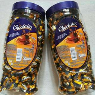 Cadbury Choclairs Jar / 180 pcs