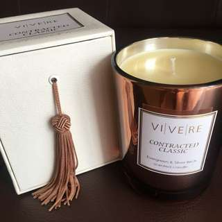 Vivere Candle