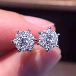 18K白金 鑽石耳釘
