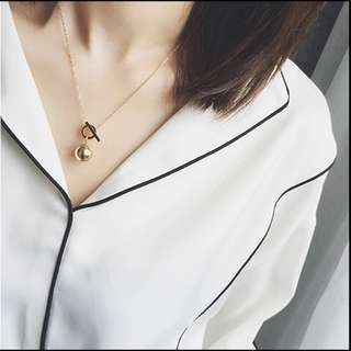 Gold Interlock Necklace