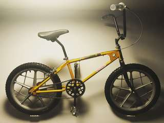 1977 Mongoose Motomag BMX (l@@k only not for sale)