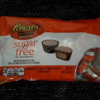 Reese's Peanut Butter Cups  Miniatures  SUGAR FREE 8.8 oz. (249 grams) Best before 05 2018
