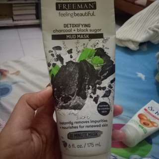 Freeman chorcoal mud mask