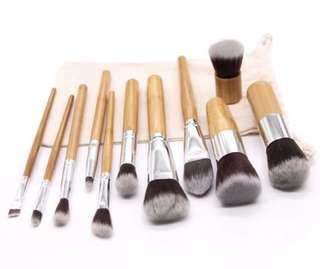 Bamboo Handle Makeup Brush Set w/ pouch (11 pcs)