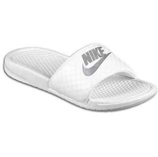 全新Nike拖鞋💖38號碼😀