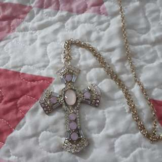 Forever 21 XXI Gold toned Pink stone studded cross pendant long chain necklace