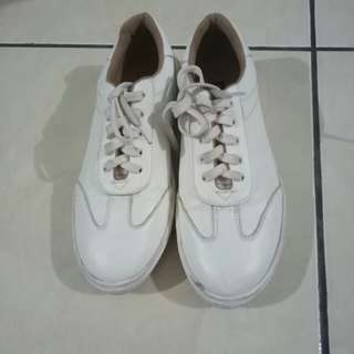 Briston sneakers (material PU leather)