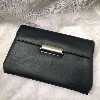Authentic MANDARINA DUCK cross bag