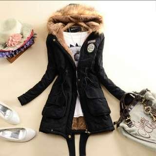 黑色加厚外套