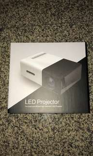 LED projector (New & Unopened)