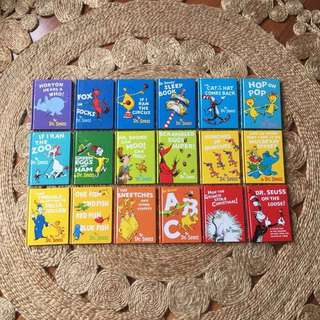DR. SEUSS Book Bundle (18 Titles)