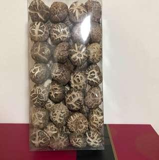 樓上原木紅花菇半斤