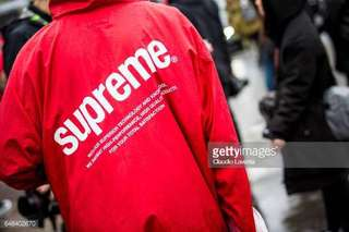 Supreme signature red jacket / apparel / raincoat / windbreaker