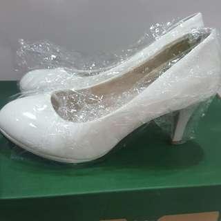 White heels size 39/40
