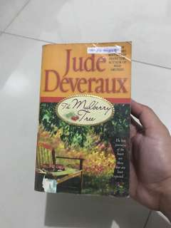 BOOK: The Mulberry Tree by Jude Deveraux
