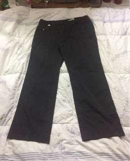 Celana standar hitam