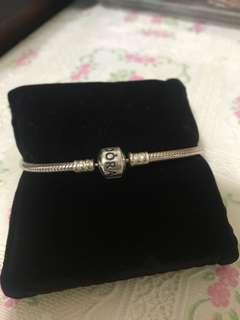 Pandora 介子、耳環、手鈪19cm